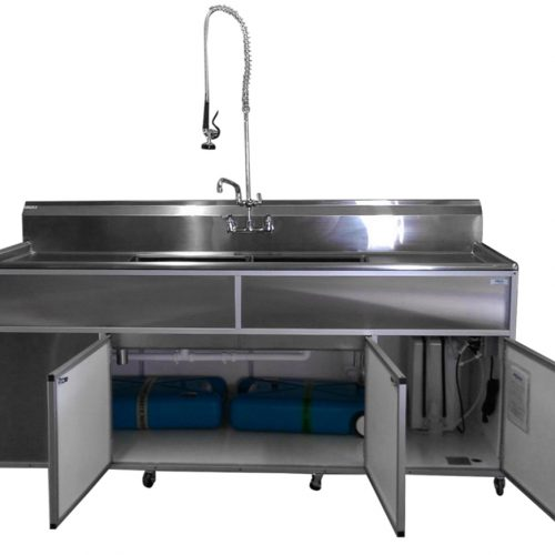 stainless_steel_unit_with_commercial_fuacet